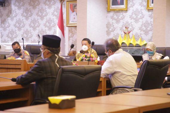 Gubernur Lampung Arinal Djunaidi mengajak tokoh agama sikapi pandemi corona
