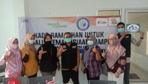 IIB Darmajaya dan RM Sambel Alu – Roti Keset Anget Bagikan Kado Ramadan untuk Jurnalis Kemanusiaan Lampung