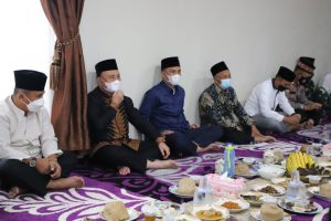 Bupati Parosil Peringati Nuzulul Qur'an Ramadan 1442 H dan Buka Bersama di Lamban Dinas